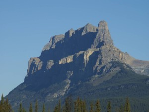 CASTLE MOUNTAIN – HOW DID IT GET ITS NAME?